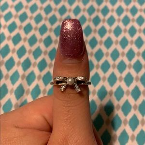Pandora Bow with Pearl Ring